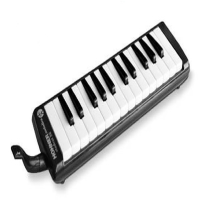 26 key melodica from this well-reputed manufacturer.<br />Designed for students and enthusiasts alike - a great portable instrument with loads of character!<br />Suitable for children over 4 years.<br /><br /><br />