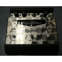 Classic rotary effect pedal in excellent condition with power supply.